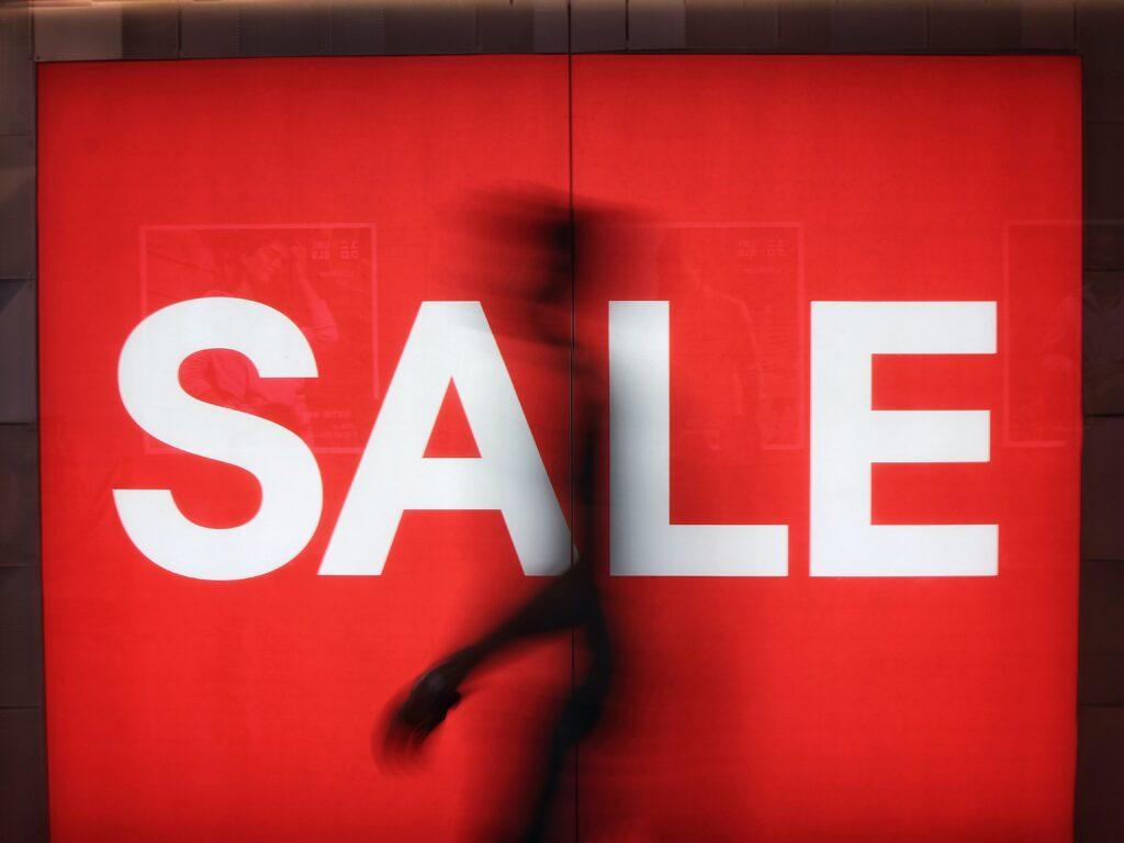 TATRAS(タトラス)を安く買う方法|セール時期を過去のセール時期を含めて紹介!アウトレットセールやブラックフライデーもある?